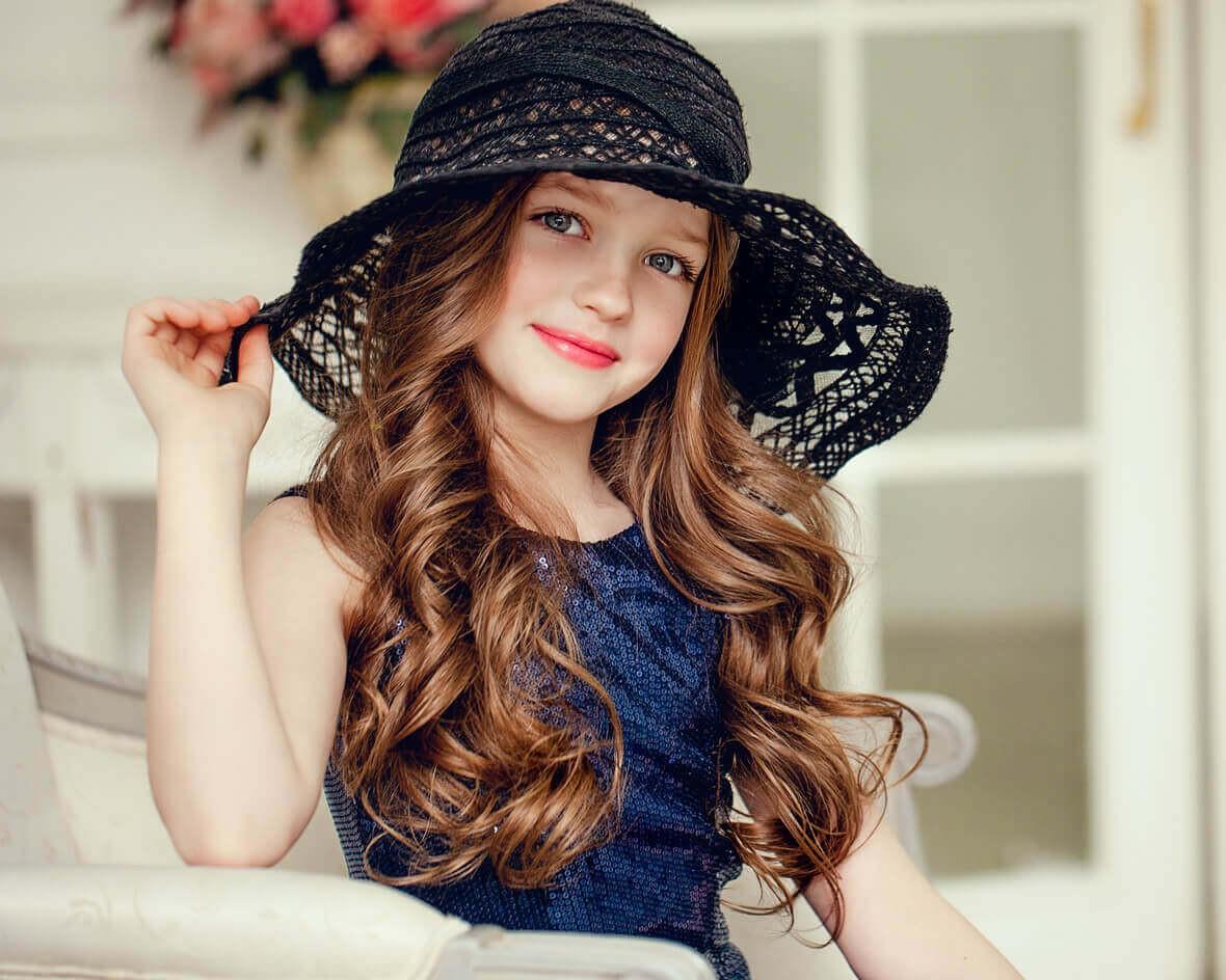 Молодая модница