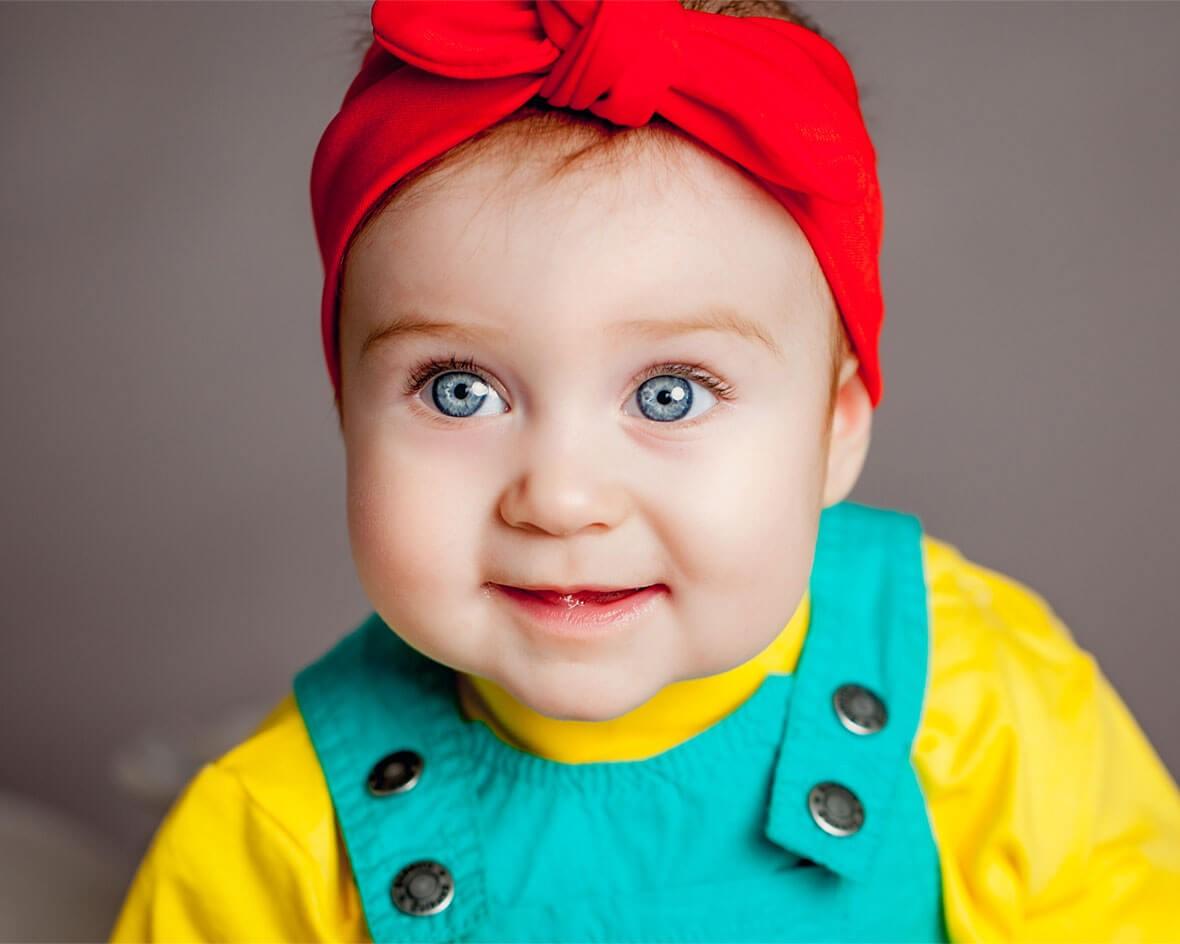 Малышка с красивыми глазками