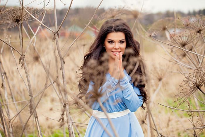 Ольга Кляйн в поле