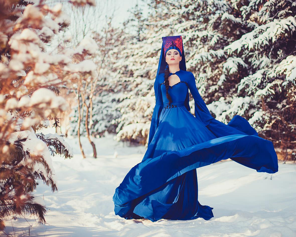 Фотосессия в платье зимой