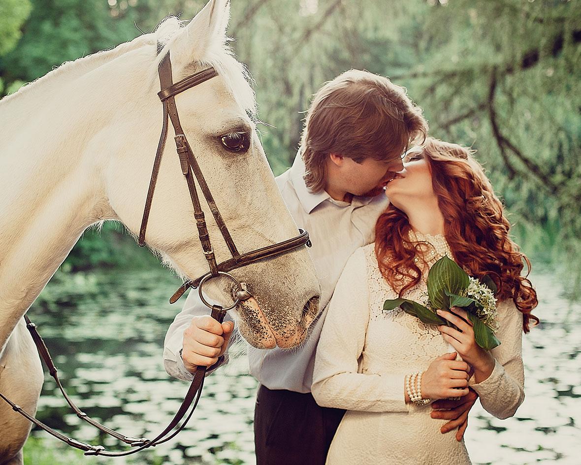 Фото свадьбы зимой с лошадьми