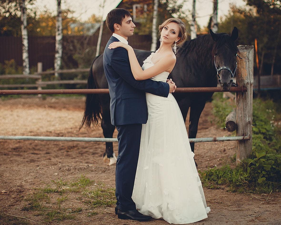 Свадебное фото на закате