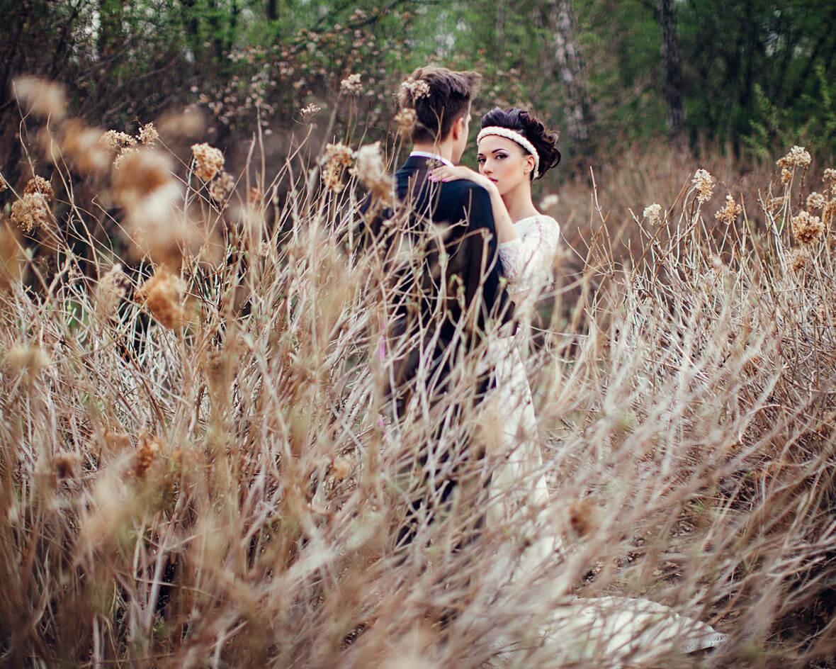 Постановочное свадебное фото
