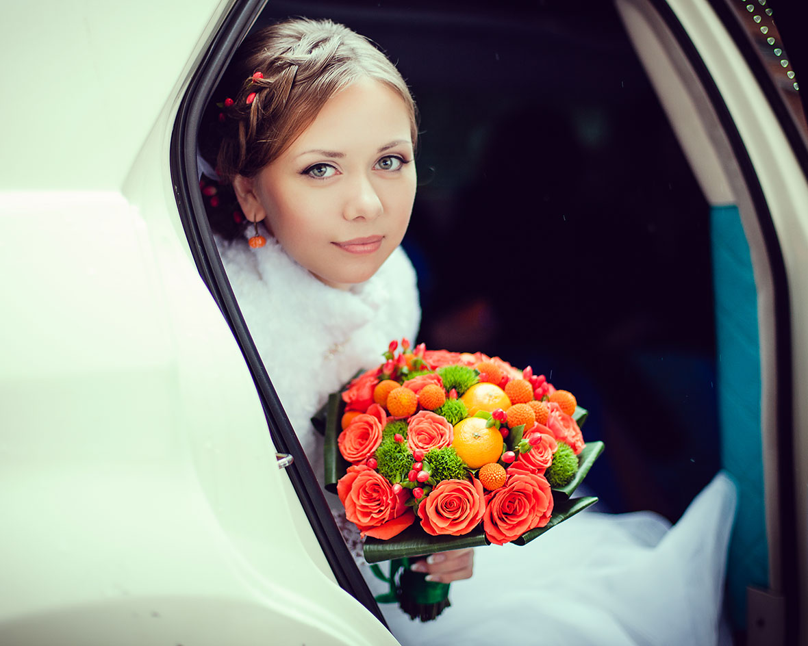Свадебное фото лимузин