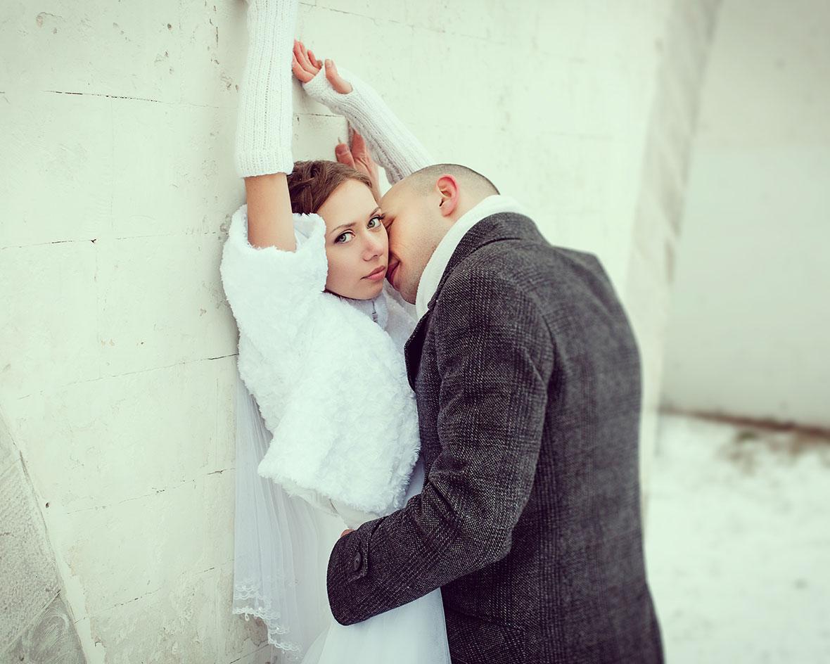 Зимняя свадебная фотосессия фото